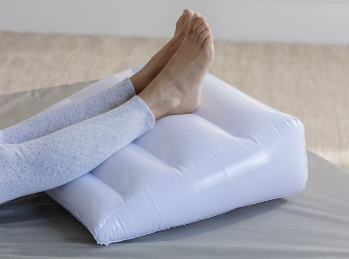 COUSSIN RELEVE JAMBES OU BUSTE - Sedagyl